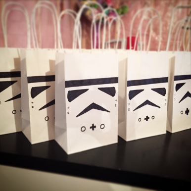 DIY Storm Trooper Party Favour Birthday Bags